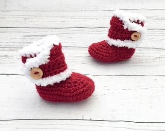 Christmas baby booties | christmas shoes | crochet baby booties | gender neutral baby bootees | unisex baby shoes | christmas baby gift