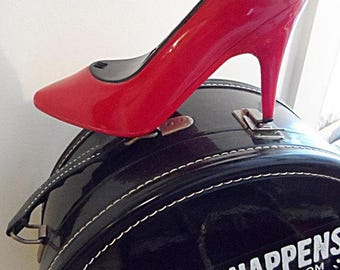 Lipstick Red Stiletto Phone ~.~ Excellent Cosmetic & Working Condition