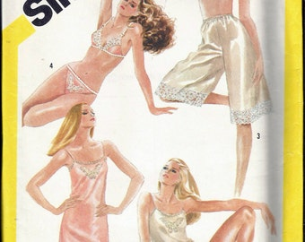 """Vintage 1982 Simplicity 5549 Bias Slip or Camisole, Bra, Bikini and Culottes Slip Sewing Pattern Size 16 Bust 38"""" UNCUT"""