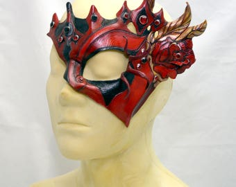 Queen of Hearts Red and Black Harlequin Rose Leather Fantasy Woodland Cosplay Half Mask