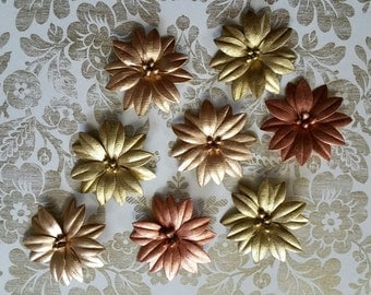 Metallic PAPER FLOWERS, Paper Flowers, Metallic Flowers, Gold Flowers, Copper Flowers, Holiday Flowers, Metallic Daisies, Paper Daisies