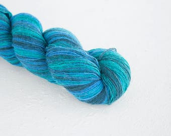 Artistic wool, laceweight art wool Aqua colors, Longstriped artistic wool. Aade Long - Aqua