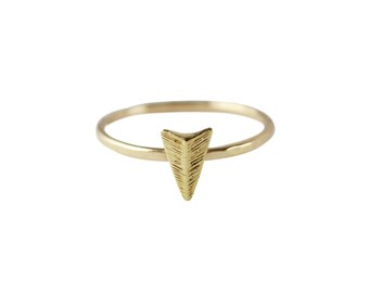 Arrow Ring, Thin Gold Ring, Graduation Gift, Simple Ring, Arrowhead Ring, Stacking Ring, Delicate Ring, 14K Gold Ring, Gold Fill Ring