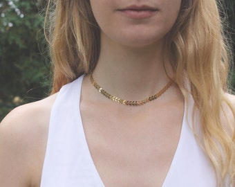Gold Choker Necklace // Chevron Gold or Silver Chain // 16K // Minimal Necklace // Layering Necklace // Geometric // Thin Choker Chain