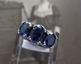 Lovely Sterling Silver Sapphire 3 stone filigree  Ring  Size 7.5