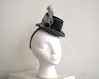 fascinator top hat with veil -- elastic headband with white tulle, black and white feathers