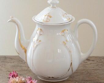Vieux Paris/Old Paris Teapot