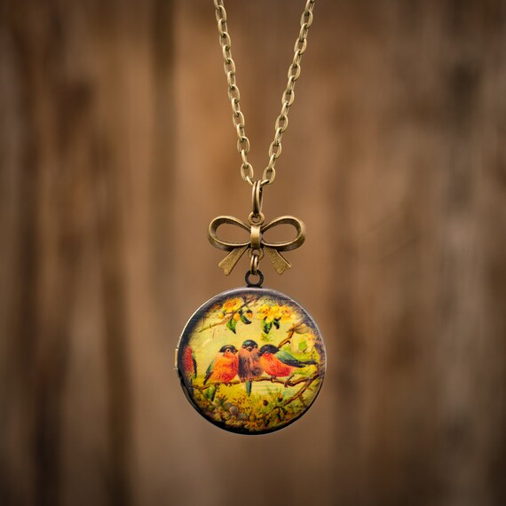 FREE WORLDWIDE SHIPPING - Feminine Bronze Locket - Three Red Robin Birds - Bow - Large Locket Long Chain