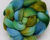 falkland wool, spinning fiber fibre, hand dyed roving, felting wool, hand painted roving, kettle dyed roving, combed top, kelp forest, ocean