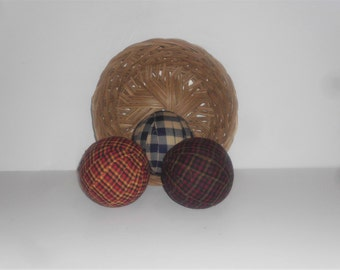 3 Primitive  Rag Balls, 3 3/4 diameter Homespun Fabric and prim Material Wrapped Primitive Decor, Bowl Filler PD7004