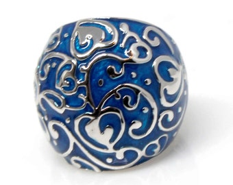 14k White Gold domed with swirled blue enamel ring
