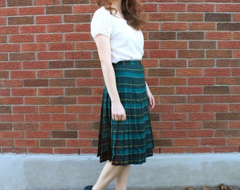 "Vintage 50s green/brown reversible plaid tartan pleated skirt, XXS, waist 23"""