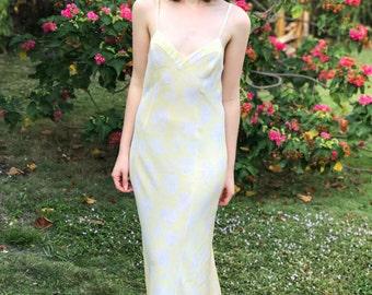 Vintage 100% Silk Light Yellow Floral Nightgown, Yellow Slip Dress, Size Medium