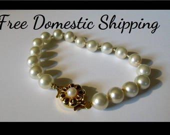 Faux Pearl Bracelet, Vintage Pearl Bracelet, Champagne Pearl Bracelet, Evening Pearl Bracelet, Stylish Pearl Bracelet, Free US Shipping