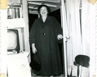 Vintage Photo..Mama's Home, 1950's Original Found Photo, Vernacular Photography