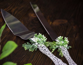 Personalized Cake Server, Green Rustic Wedding Cake Server Set, Engraved Cake Knife, Greenery Wedding Server and Knife, Cake Serving Set