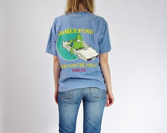 30% OFF SALE - 90s Weird Fish James Pond Only for Your Fries Funny T-shirt / Size S