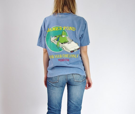 SALE - 90s Weird Fish James Pond Only for Your Fries Funny T-shirt / Size S