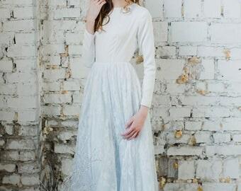 Emodi Wedding Dress // Princess wedding dress with non-corset bodice and blue layered skirt