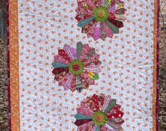 Out of the Box Dresden plate baby quilt