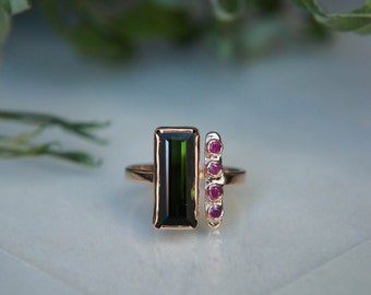 Multistone ring, green tourmaline ring, ruby ring, gold ring, double stone ring, geometric ring, one of a kind, modern ring, ring size 6
