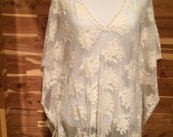 Beach cover up in ivory lace