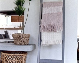 Blanket Ladder | Rustic Wood Quilt Ladder | Weathered Gray Stained | Towel Hanger | Living Room Decor | Bathroom Decor