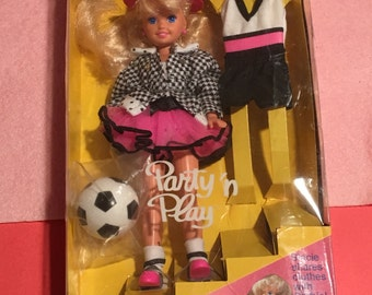 Party And Play Dress Up Stacie Doll 1992 In Box