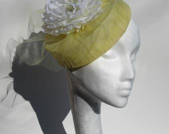lemon fascinator, fascinator, hair accessories, pillbox fascinator, accessories, wedding wear, tulle, hats, head wear, mother of the bride