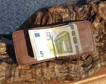 Leather Mens Wallet - Minimal wallet for men - Coin Purse - Handmade in Genuine Leather.