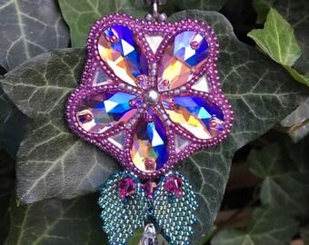 Glitter Flower Pendant