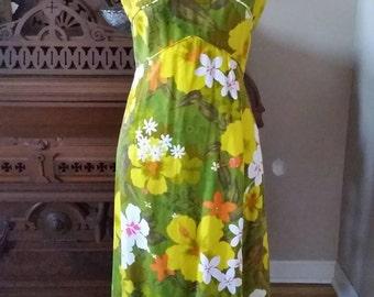 60's 70's Penneys Hawaiian Empire Waist Sleeveless Shift Dress Hibiscus Plumeria,Green Yellow White