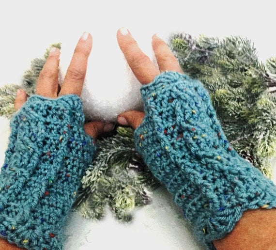Outlander Claire Fingerless Texting Gloves Cables Aqua Scottish Chunky knit Winter accessories Mitts FREE SHIPPING A101