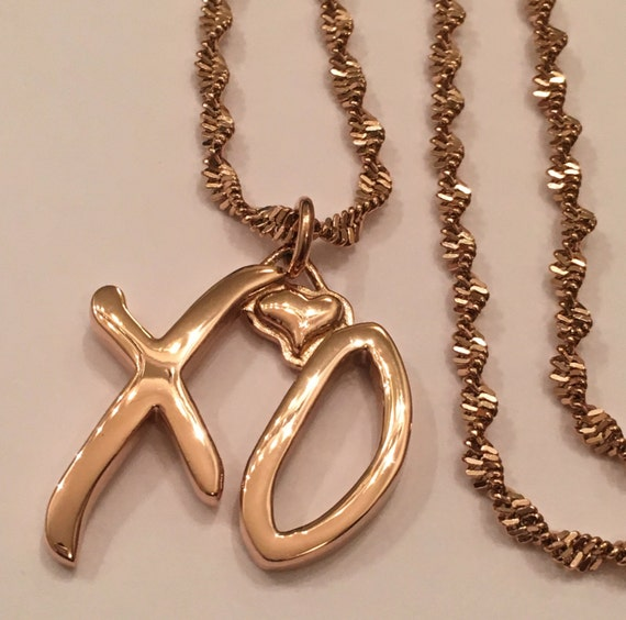 the weeknd xo necklace s 1 small gold by