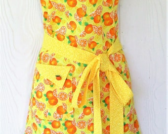Colorful Orange Apron, Yellow Apron. Oranges, Women's Full Apron, Vintage Style, Retro Apron, KitschNStyle