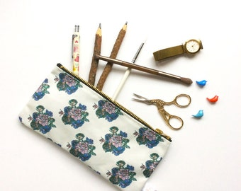 Rose Pattern, Pencil Case, Flower, Pencil Pouch, Floral, Make Up Bag, Pouch, Rose, Cosmetic Bag, Zipper Pouch, pencil bag, organiser,