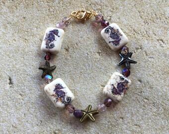 Seahorse Bracelet, Beaded Bracelet, Beadwork Bracelet, Nautical Bracelet, Summer Jewelry, Beach Jewelry, Gift for Her