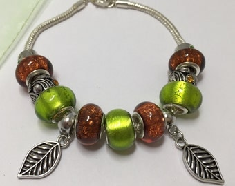 Bracelet charm's, Brown, and green with leaves ref 824