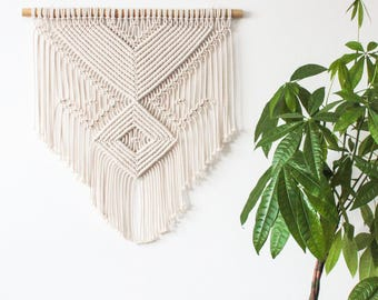 Macrame Wall Hanging > MAYA, ECRU > 100% Cotton Cord in Natural Ecru with Bamboo