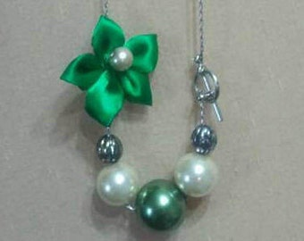 Pearl and Cloth Flower Necklace