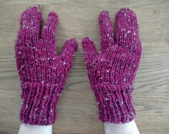 Traditional Inuit inspired knitted gloves, works with touchscreen!