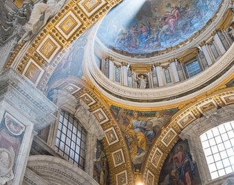 St. Peters Angel (Color) | The Vatican, Vatican City ~ Italy, Architecture, Vatican, Dome, Cathedral, Sunbeam, Light, Sun, Sunday,