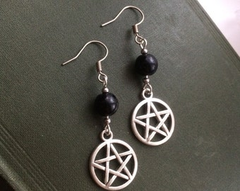 Pentacle earrings   pentagram earrings   bead earrings   goth jewellery   goth jewelry   witchy jewelry   witchy jewellery   french hooks