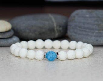 White bracelet Gemstone bracelet Dainty bracelet Minimalist jewelry Unisex bracelet Summer jewelry Stretch bead bracelet Women gift for mom