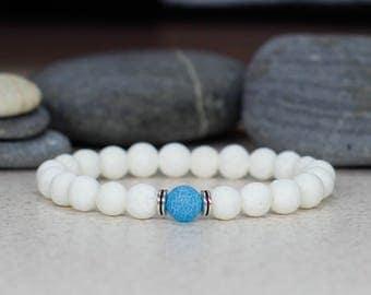 White bracelet Gemstone bracelet Dainty bracelet Minimalist jewelry Unisex bracelet Summer jewelry Stretch bead bracelet Women gift for mom