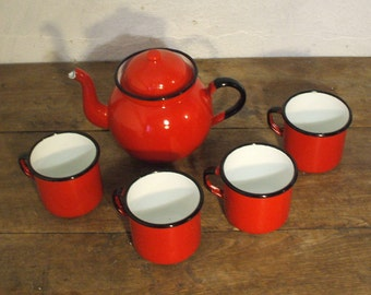 Enamelled, red tea