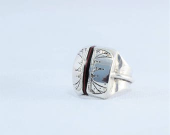 Tuareg silver ring, ethnic ways, with wood incrustaccion