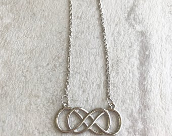 Double infinity, Revenge inspired necklace