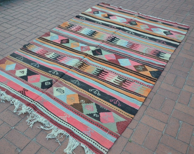 CHRISTMAS SALE %7 Rustic Home Decor, Vintage Turkish Kilim Rug, Boho Decor, Pastel Tribal Rug