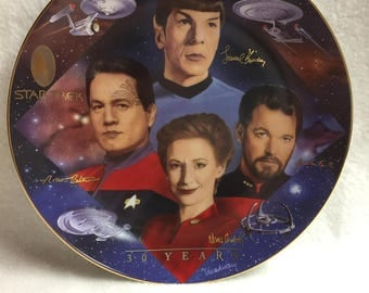Hamilton Collection Second in Command Plate - Star Trek: 30 Years (#009)
